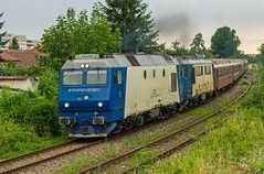 91 53 0 64 1013-3 RO-SNTFC (Vlady 29) Tags: railroad winter electric train tren gm hungary general diesel outdoor budapest rail railway zug rr motors romania da vehicle locomotive reloc craiova regio livery oradea egm vagon electroputere