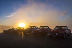 Lever du soleil... au Mont-Ventoux (Philis.Nat) Tags: france canon soleil altitude nuages paysage extrieur mont lever voitures matin ventoux aube sommet vhicules eos7d