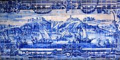 Painel de azulejos portugueses do Sec. XVII retratando cenas de Lisboa (marcusviniciusdelimaoliveira) Tags: portugal igreja convento azulejo painel azulejos azulejaria secxvii