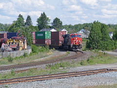 CN 2922 (Ramblings From The 4th Concession) Tags: panasonicfz1000 cn2922 es44ac gelocomotives cnrail capreolont balasub freighttrains