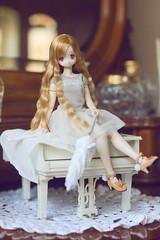 My little Raili (uve_triple) Tags: raili azone doll deer piano blythe carpet 16scale perfume macroh bokeh bambi