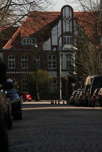"""Entlang der Knorrstraße • <a style=""""font-size:0.8em;"""" href=""""http://www.flickr.com/photos/69570948@N04/16192444754/"""" target=""""_blank"""">View on Flickr</a>"""