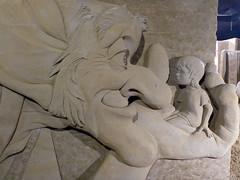 The BFG / De GVR (Sculptures Susanne Ruseler) Tags: susanne ruseler susanneruseler sand sculpture sandsculpture sculptor sculptures sculptuur zand creatie anatomy animal animals art creation creations ephemeralart figurative human sculpting