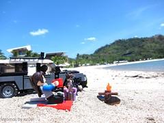 MOC Road trip at Hamilo Coast (icycruel) Tags: road trip lego rover summertime range defender moc