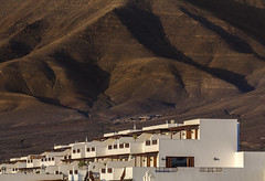 Apartments in the hillside (2geephotography) Tags: sunset lanzarote places duotone hillside papagayo coth canon5dmkiii 2geephotography