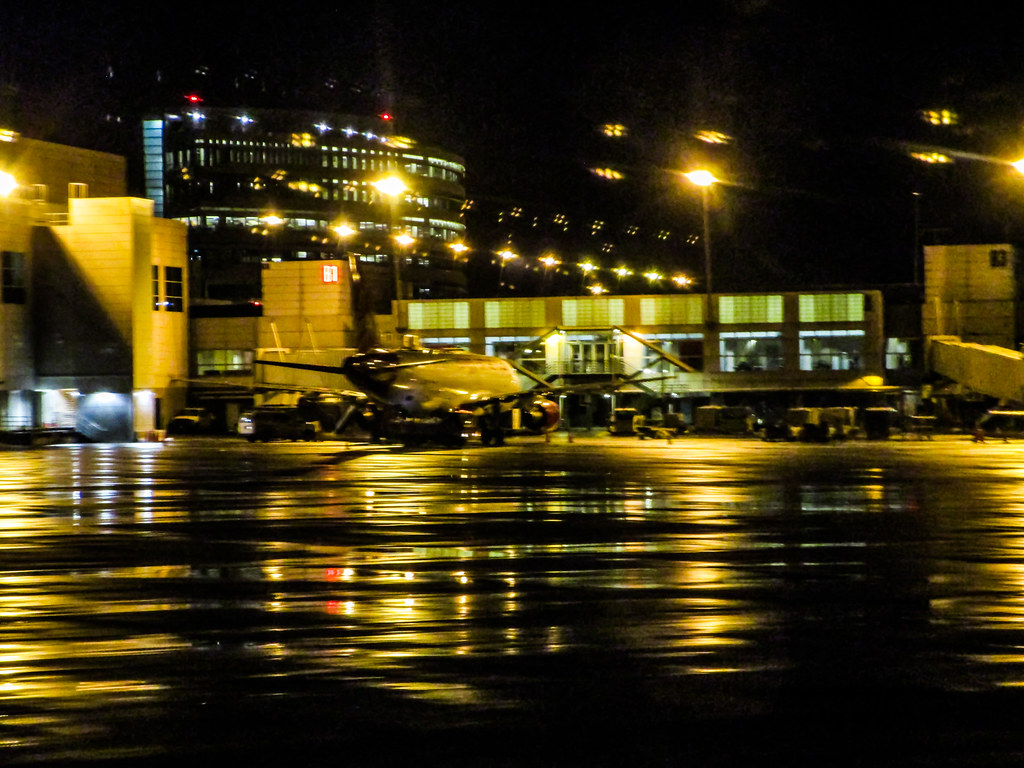 SEA-TAC at night after rain (BitHead) Tags seattle rain night lights & The Worldu0027s Best Photos of night and seatac - Flickr Hive Mind