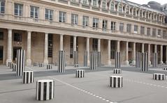 Paris - Palais Royal - Colonnes de Buren_4607 (ixus960) Tags: paris france town capitale ville