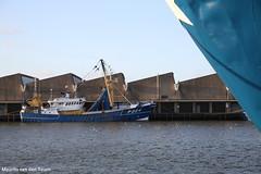 Trossen (nog niet) los (Maurits van den Toorn) Tags: haven port boot boat ship harbour scheveningen denhaag hafen schiff thehague schip