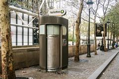 Toilettes de Paris