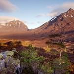 Sunrise on Glen Torridon thumbnail