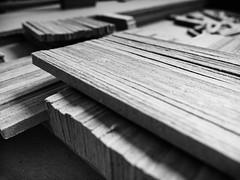 Texture (SB Photographie) Tags: noir blanc black white monochrome contrast contraste carton grey light lumiere ombre shadow fuji x10 fujifilm maquette model construction build texture matiere brussels bruxelles belgique belgium