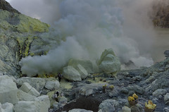 Loads ready to be carried out of the volcano. (JohnMawer) Tags: indonesia volcano java jawatimur ijen sempol