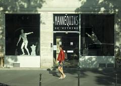 2016_6090299 (pasitolvanen) Tags: street paris france mannequins parisienne