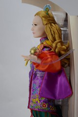Alice Limited Edition 17'' Doll - Alice Through the Looking Glass - Disney Store Purchase - Deboxing - Covers Removed - Midrange Right Side View (drj1828) Tags: alice alicethroughthelookingglass limitededition us disneystore doll 17inch purchase liveactionfilm deboxing