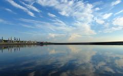 P1000016x (gzammarchi) Tags: italia mare nuvola natura paesaggio ravenna riflesso ombrellone portocorsini