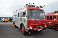 YPV566S (Emergency_Vehicles) Tags: show bedford fire suffolk service preserved emergency wiltshire tk 2015 1260 ypv566s