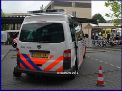 Dutch Police T5 GP Twente. (NikonDirk) Tags: holland netherlands dutch mobile vw volkswagen office foto cops accident nederland police cop t5 van command twente gp transporter unit oost politie touran hulpverlening t5gp nikondirk 9zns21 7zsl84