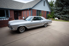 1964 Buick Riviera (coconv) Tags: car cars vintage auto automobile vehicles vehicle autos photo photos photograph photographs automobiles antique picture pictures image images collectible old collectors classic blart 1964 buick riviera silver 2x 4v 2 x dual carb 425 door hardtop coupe 64