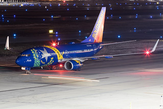 Southwest Airlines Boeing 737-700 N727SW KCMH 08MAR15
