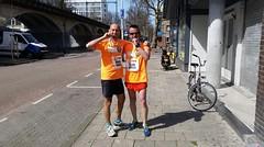 César Gimeno (@maldinizgz) Maratón de Rotterdam con David Rico