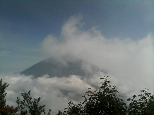 "Pengembaraan Sakuntala ank 26 Merbabu & Merapi 2014 • <a style=""font-size:0.8em;"" href=""http://www.flickr.com/photos/24767572@N00/26556924244/"" target=""_blank"">View on Flickr</a>"