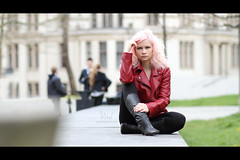 * (Henrik ohne d) Tags: pink portrait nicole intense blonde pinkhair redjacket ef85mmf18 eos7d april2016