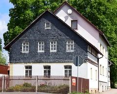 Abandoned (:Linda:) Tags: abandoned germany village thuringia woodenfence halftimbered hessberg slateshingled