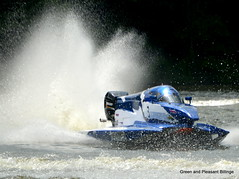 Speed and spray (leaking_light) Tags: club lancashire powerboat sthelens carrmill nikond5200