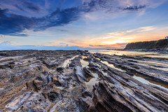 _MG_0022-Edit (Nguyn nh Thnh) Tags: longexposure sunset sea mountain water sunrise rocks asia seascapes cloudy vietnam filter asean quangngai lyson singhray thachkydieutau