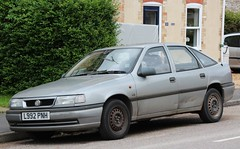 L992 PNH (Nivek.Old.Gold) Tags: cavalier 1994 ls vauxhall 5door 18i