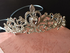 Sparkle Victorian wedding bridal jewelry headband Swarovski rhinestone crystals hair comb tiara (weddingvalle) Tags: wedding tiara beautiful fashion silver hair pretty crystals handmade victorian style sparkle wreath prom statement romantic brides crown accessories weddings etsy bridal comb rhinestones jewerly headpiece weddingwire