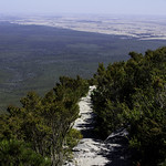 Bluff Knoll hiking path thumbnail