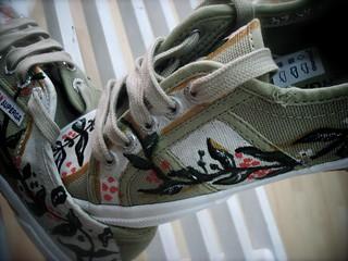 scarpa decorata a mano