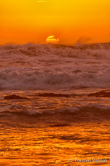 Venus Bay - South Australia (Torsten Velden) Tags: ocean sunset sea orange sun beach clouds sand holidays rocks flickr stones australia southaustralia submit tavel venusbay