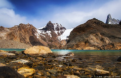 Laguna de Los Tres (Priscila de Cássia) Tags: wild patagonia naturaleza mountain mountains nature argentina landscape nikon colorful wildlife natureza adventure wilderness chalten losglaciares elchalten losglaciaresnationalpark lagunadelostres nikond90