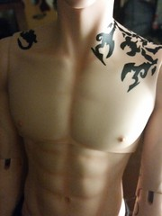 Front view of his scorpion tattoo and blushing (snarecrazi) Tags: iplehouse sid eric dollfie bjd sd dolltattoos blushing scorpion zodiac scorpio