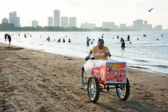 Ice Cream Guy (Andy Marfia) Tags: sky chicago beach water iso100 sand candid lakemichigan uptown icecream cart f8 lakefront montrosebeach 1250sec d7100 1685mm