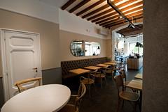 _DSC1150 (fdpdesign) Tags: arredamenti shop design shopdesign nikon d800 milano italy arrdo italia 2016 legno wood ferro sedie tavoli locali cocktails bar interni architettura