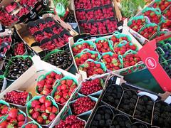An abundance of berries in the market (Monceau) Tags: berries market abundance