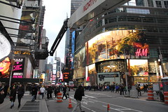 IMG_5670 (sbretzke) Tags: newyork manhattan midtown timessquare macys empirestate 20150327