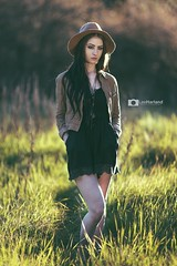 Mikayla (Lee Harland Photography) Tags: hat canon goldenhour 135mm canon6d