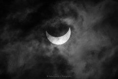 Eclipse II (B&W) (esvertit) Tags: barcelona bw sun sol clouds eclipse ngc catalonia nubes catalunya eclipse2015