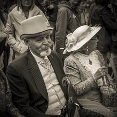Testigos de Boda (Ramn Martn Photography) Tags: boda 1900 feliz modernisme fira elegante terrassa poca modernista elegancia testigos contento firamodernista firamodernistaterrassa2016 testigosdeboda lallanterna firamodernistatrs2016 xivfiramodernista lallanternaterrassenca