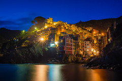 Blue Hour at 'Sunk' Terre - 22/52 - Explored (jrobblee) Tags: longexposure italy seascape reflection zeiss canon landscape coast cinqueterre bluehour riomaggiore 52weeks