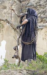 Battiledhos (Gattias)  -  Characteristic masker (Dei's Light) Tags: sardegna lula carnevale maschera folclore barbagia tradizione carrasegare ritidionisici battiledhos gattias