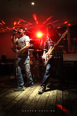 Shameless at WAX Watergate Bay: Browner & Frenchy (Shockin Goblin) Tags: music rock night lowlight cornwall darkness live band indoor noflash indie covers performers shameless kernow entertainers