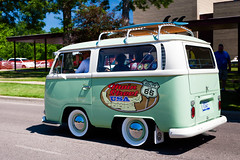 Short Haul VW (hz536n/George Thomas) Tags: 2016 cs5 canon canon5d ef1740mmf4lusm flint michigan sloanmuseum sloanmuseumautofair summer vw carshow copyright microbus nik volkswagen