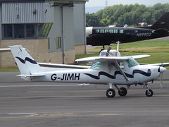 G-JIMH Cessna 152 (Aircaft @ Gloucestershire Airport By James) Tags: james airport gloucestershire cessna lloyds 152 egbj gjimh