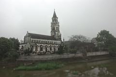 Ninh Binh (Vicky Yantorno) Tags: travel cold church field fog asia southeastasia south iglesia east vietnam viet viajar abandonada ninhbinh vacia