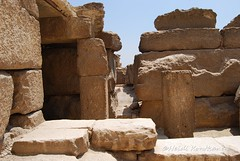 Ruins of the store rooms (konde) Tags: architecture giza ancientegypt menkaure mortuarytemple oldkingdom 4thdynasty pyramidcomplex